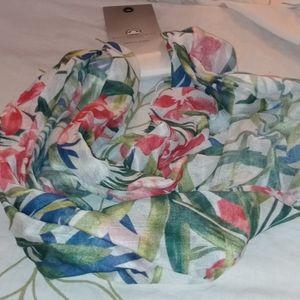 Big Buddha infinity white green scarf floral leaf